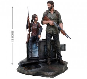 The statue of Joel and Ellie.