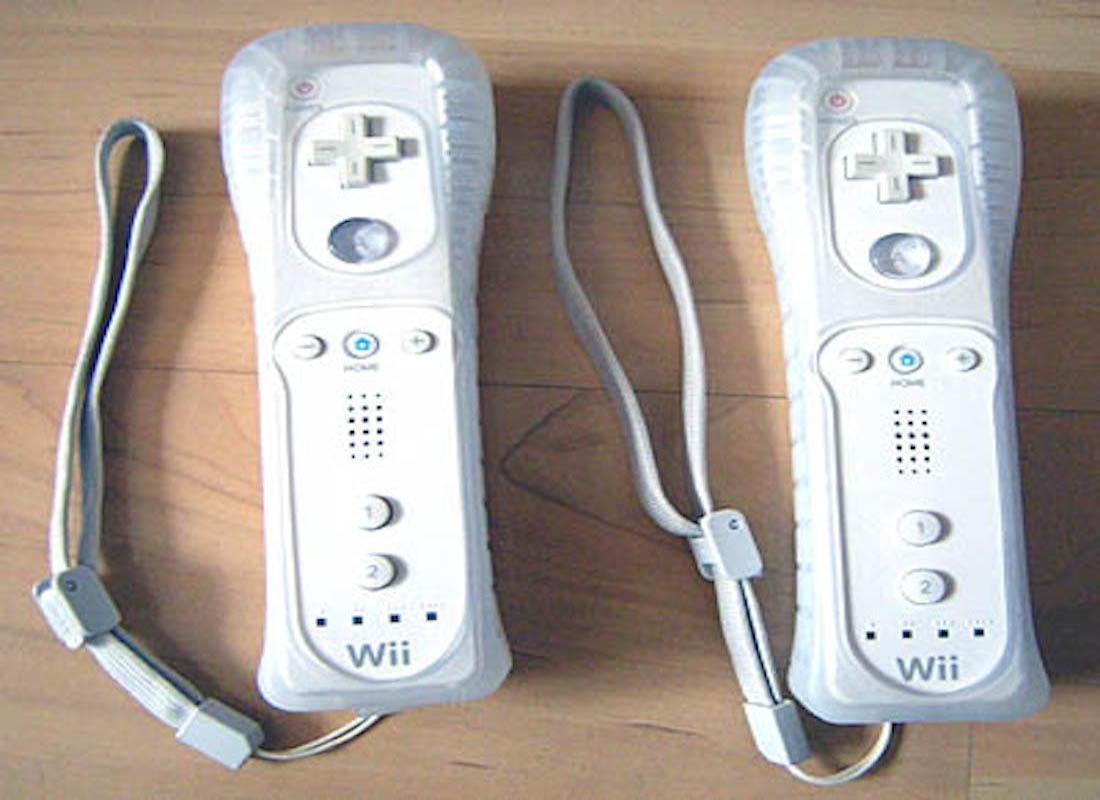 Wii Motes White