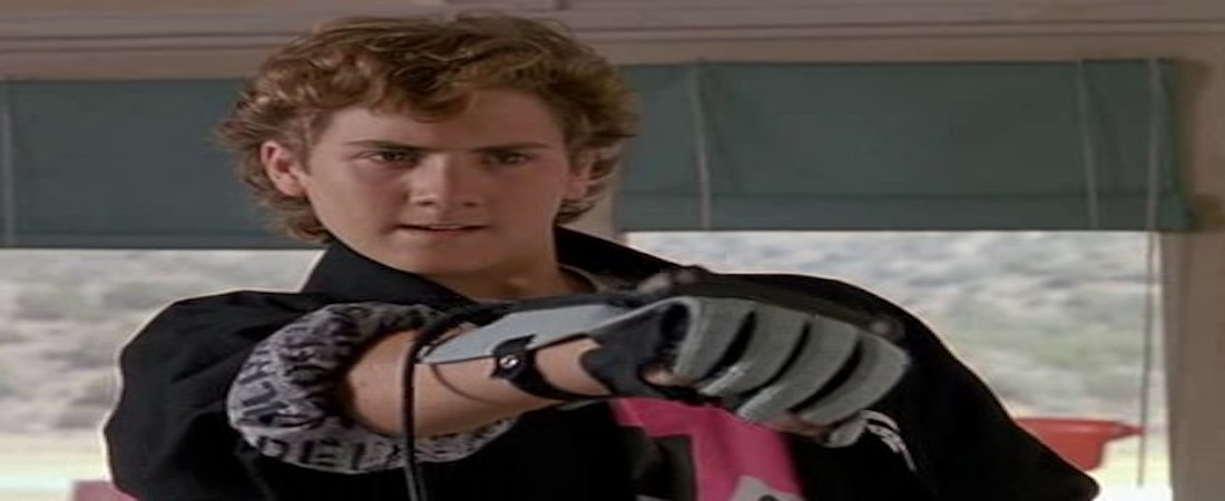 Power Glove: The Wizard
